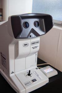 視力検査機(ニデックNV-350)